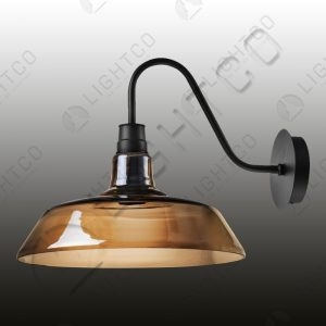 WALL LIGHT WITH GLASS SHADE